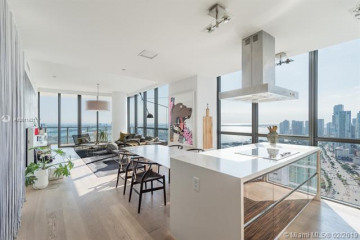 Home for Sale at 1100 Biscayne Blvd #4101, Miami FL 33132