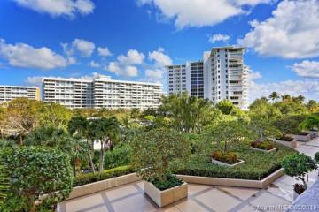 Home for Rent at 251 Crandon Blvd #329, Key Biscayne FL 33149