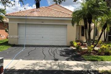 Home for Sale at 1581 Salerno Circle, Weston FL 33326
