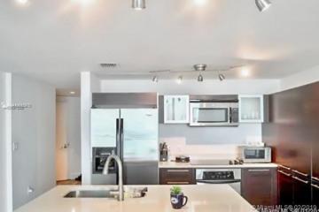 Home for Sale at 1900 N Bayshore Dr #3611, Miami FL 33132