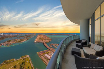 Home for Sale at 900 Biscayne Blvd #PH6307, Miami FL 33132