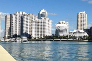 Home for Sale at 540 Brickell Key Dr #1217, Miami FL 33131