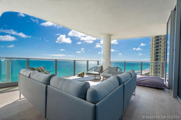 Home for Sale at 17475 Collins Ave #602, Sunny Isles Beach FL 33160