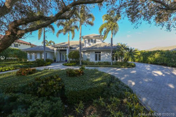 Home for Sale at 10457 SE Banyan Way, Tequesta FL 33469