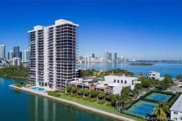 Home for Sale at 1000 Venetian Way #1701, Miami FL 33139