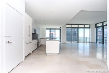 Home for Sale at 88 SW 7th St #4101, Miami FL 33130