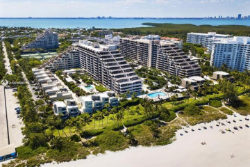 Home for Sale at 201 Crandon Blvd #831, Key Biscayne FL 33149