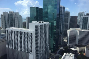 Home for Rent at 151 SE 1st St #703, Miami FL 33131