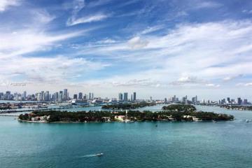 Home for Rent at 540 West Av #2413, Miami Beach FL 33139