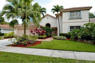 Home for Rent at 1930 Lake Point Dr, Weston FL 33326
