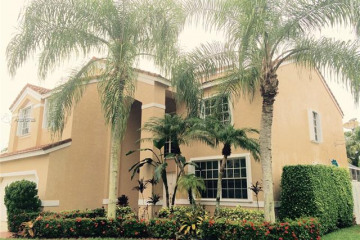 Home for Rent at 236 Cameron Dr, Weston FL 33326