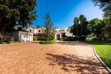 Home for Sale at 5821 Pine Tree Dr, Miami Beach FL 33140