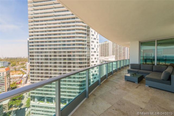Home for Rent at 1331 Brickell Bay Drive #2708, Miami FL 33131