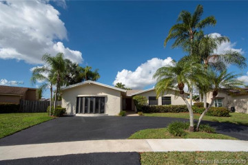 Home for Sale at 16715 SW 5th Way, Weston FL 33326