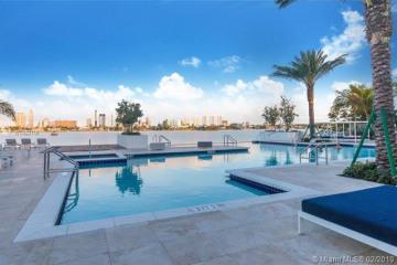 Home for Rent at 17111 Biscayne Blvd #LPH2, North Miami Beach FL 33160
