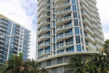Home for Sale at 6515 Collins Ave #1108, Miami Beach FL 33141