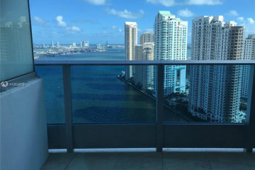 Home for Sale at 200 Biscayne Boulevard Way #3203, Miami FL 33131