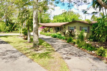 Home for Sale at 22700 SW 199th Ave, Miami FL 33170