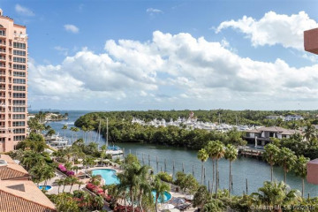 Home for Sale at 60 Edgewater Dr #7C, Coral Gables FL 33133