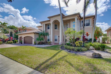Home for Sale at 18642 SW 41st St, Miramar FL 33029