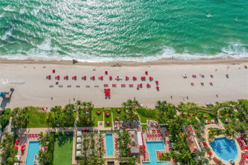 Home for Sale at 17875 Collins Ave #PH4801, Sunny Isles Beach FL 33160