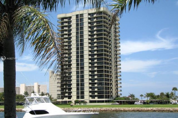 Home for Rent at 123 Lakeshore Dr #1144, North Palm Beach FL 33408
