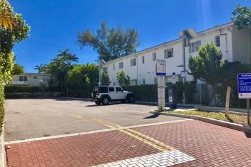 Home for Sale at 1615 Lenox Av, Miami Beach FL 33139