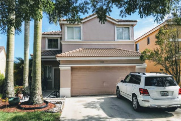 Home for Rent at 1126 Golden Cane Dr, Weston FL 33327