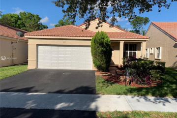 Home for Sale at 805 Sand Creek Cir, Weston FL 33327