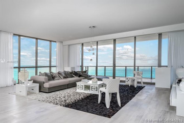 Home for Sale at 17749 Collins Ave #3101, Miami FL 33160