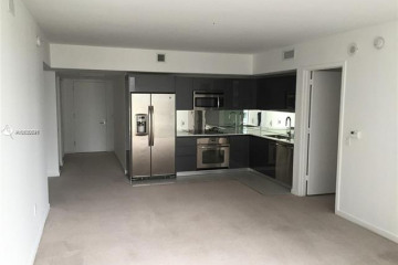 Home for Sale at 31 SE 6th St #1807, Miami FL 33131