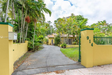 Home for Rent at 914 Messina Ave, Coral Gables FL 33134