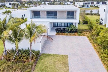Home for Sale at 16570 Sunset Way, Weston FL 33326