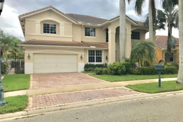 Home for Rent at 2455 Greenbrier Ct, Weston FL 33327