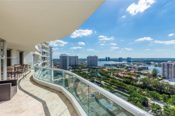 Home for Sale at 7000 Island Blvd #2708, Aventura FL 33160