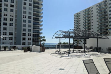 Home for Sale at 2751 S Ocean Dr #702N, Hollywood FL 33019