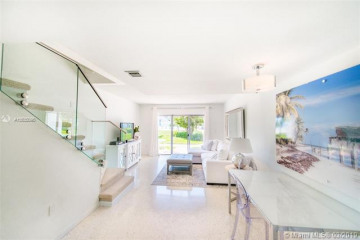 Home for Rent at 881 Ocean Dr #TH31, Key Biscayne FL 33149