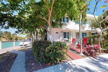 Home for Sale at 9720 W Bay Harbor Dr #6, Bay Harbor Islands FL 33154