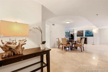 Home for Sale at 2843 S Bayshore Dr #3D, Miami FL 33133