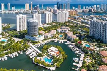 Home for Sale at 4100 Island Blvd #1404, Aventura FL 33160