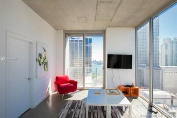 Home for Sale at 151 SE 1 St #2201, Miami FL 33131