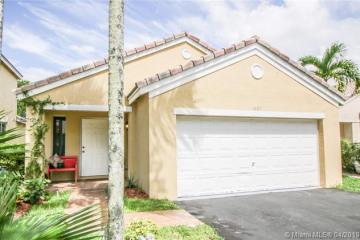 Home for Sale at 1697 Salerno Cir, Weston FL 33327