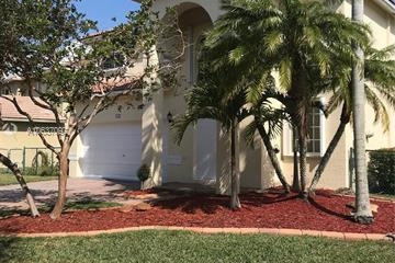 Home for Rent at 347 SW 206th Ave, Pembroke Pines FL 33029