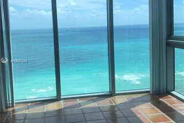 Home for Rent at 2655 Collins Ave #2512, Miami Beach FL 33140