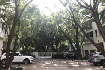 Home for Rent at 325 Meridian Ave #11, Miami Beach FL 33139