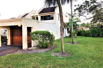 Home for Sale at 340 Fern Dr #6-8, Weston FL 33326