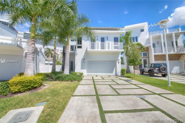 Home for Sale at 8221 NW 34th Dr, Miami FL 33122