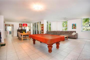Home for Rent at 445 Grand Bay Dr #210, Key Biscayne FL 33149