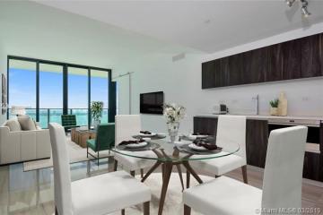 Home for Sale at 3131 NE 7th Ave #4804, Miami FL 33137