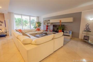 Home for Sale at 785 Crandon Blvd #301, Key Biscayne FL 33149